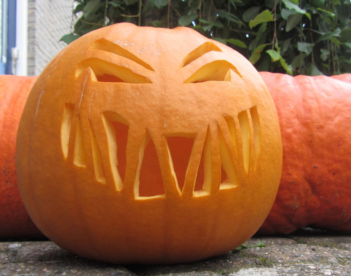 Extreem Leuk voor kids | Een gemene Halloween pompoen #WV44
