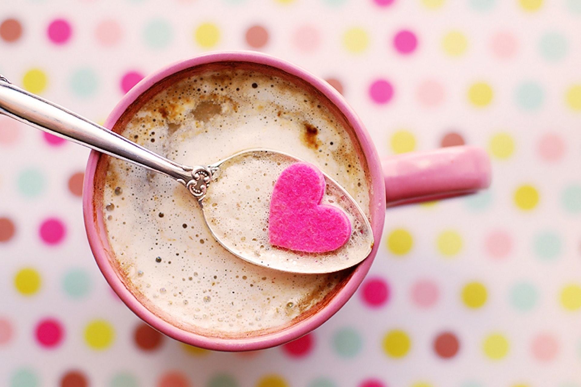 download wallpaper: een koffie met liefde wallpaper
