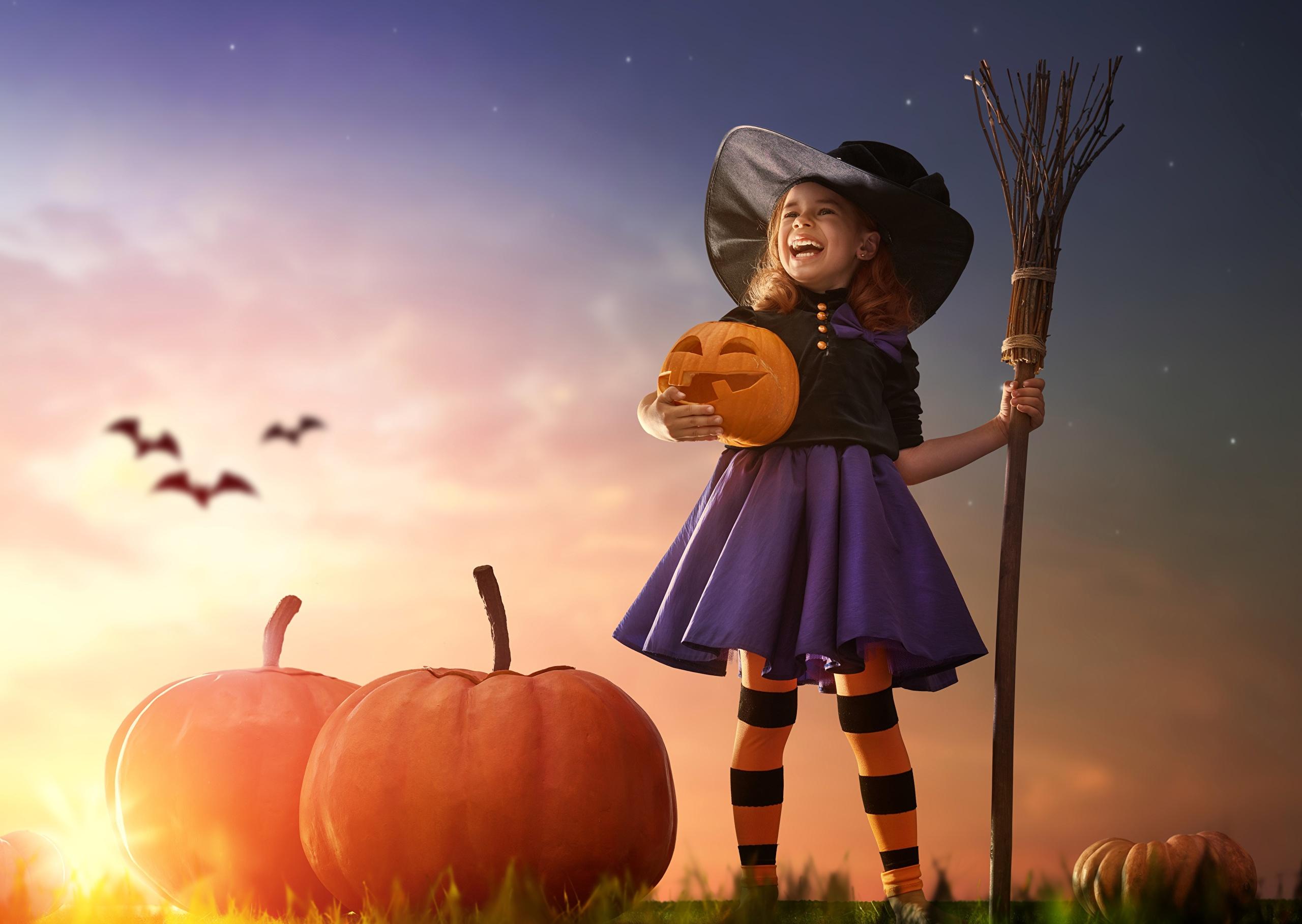 download wallpaper: Halloween heksje wallpaper