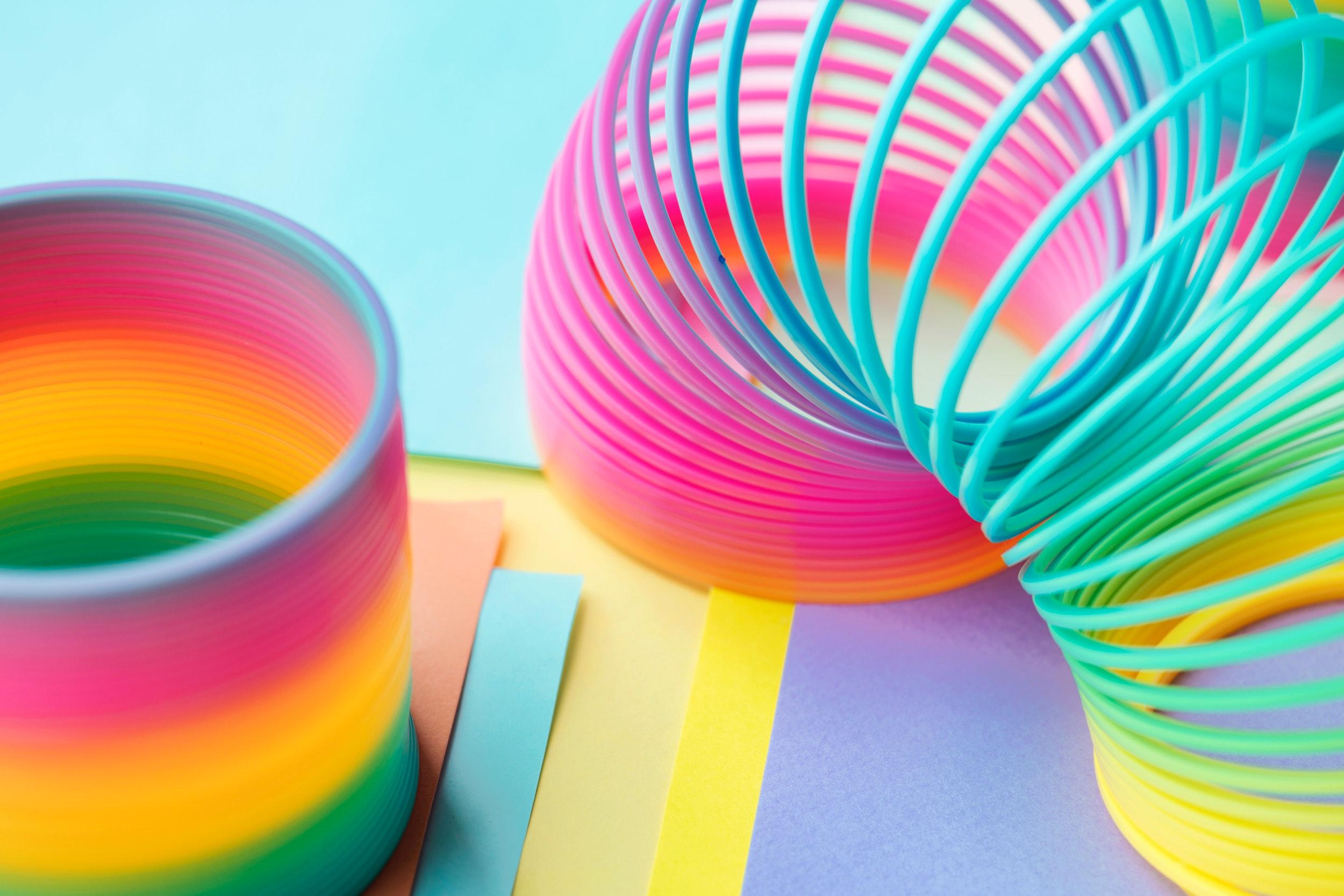 download wallpaper: kleurrijke spiralen wallpaper