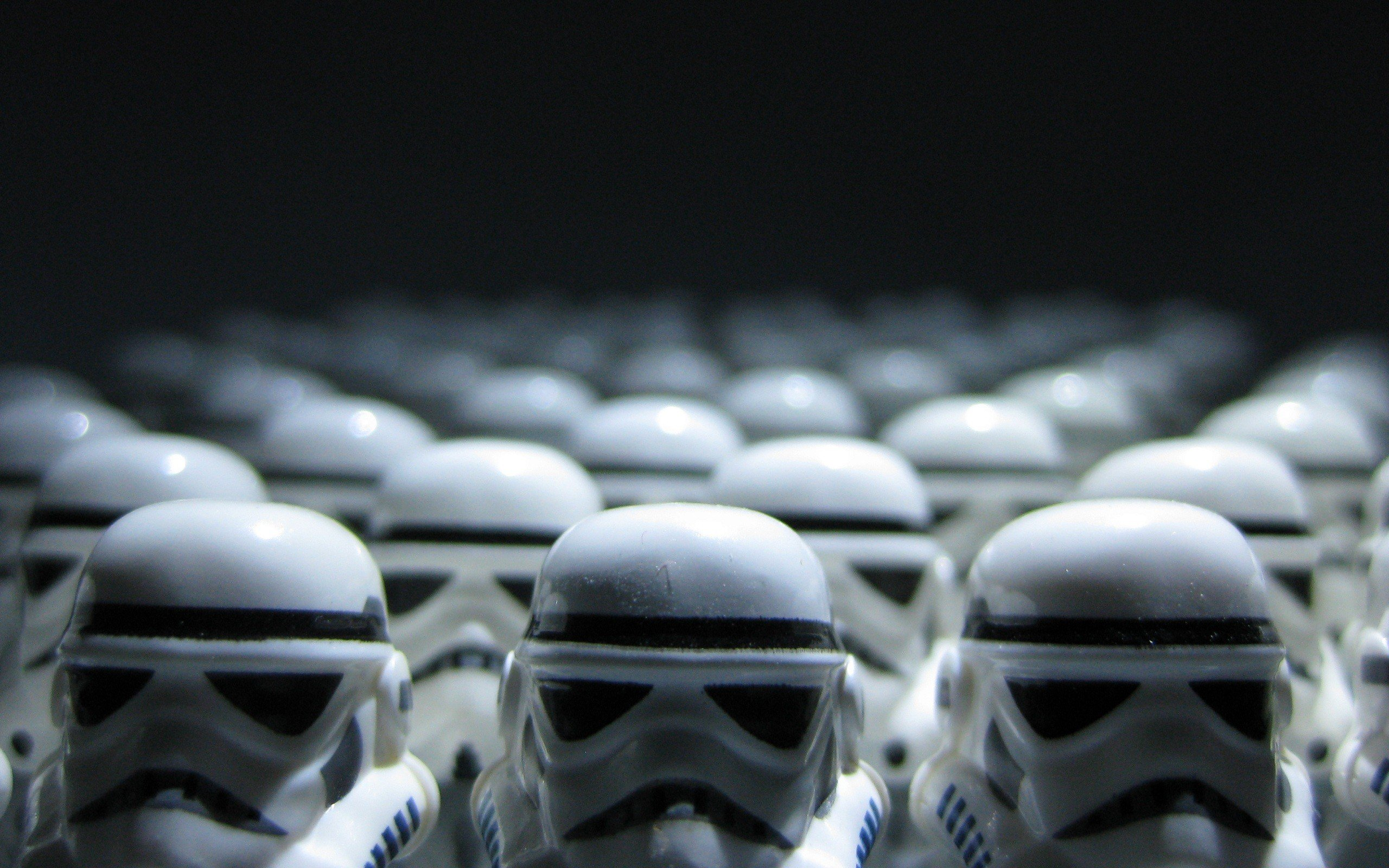 download wallpaper: LEGO Star Wars Stormtroopers wallpaper